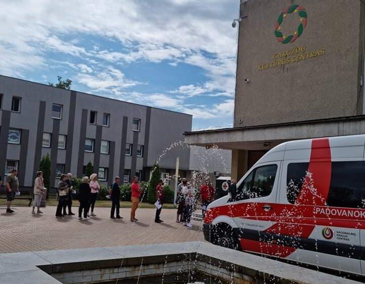 """Nacionalinis kraujo centras kviečia pasiskiepyti """"Janssen"""" vakcina"""