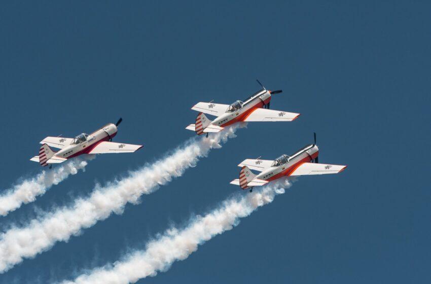 Palangos padangę raižys įspūdingosios Lietuvos akrobatinės grupės ANBO pilotai