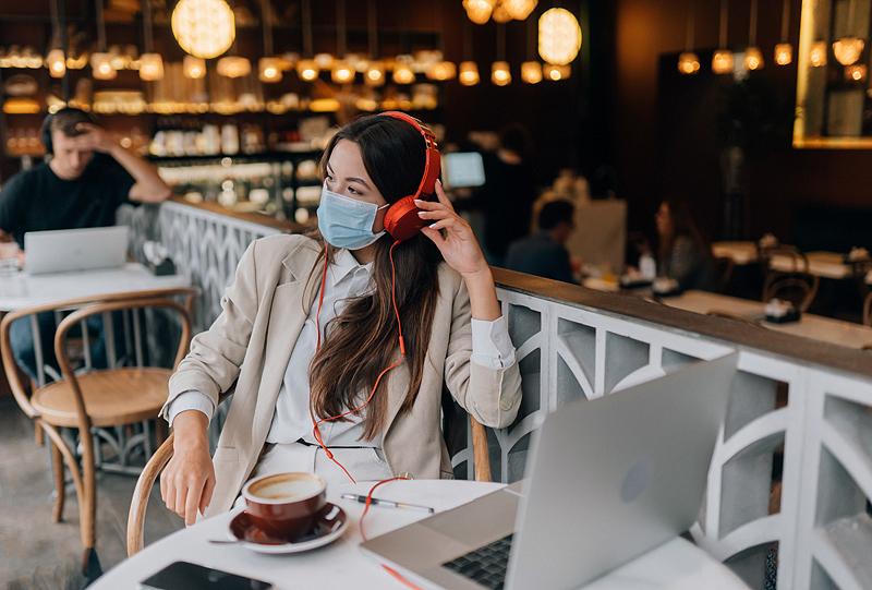 Į kavines– su galimybių pasu, verslininkai stengiasi prisitaikyti