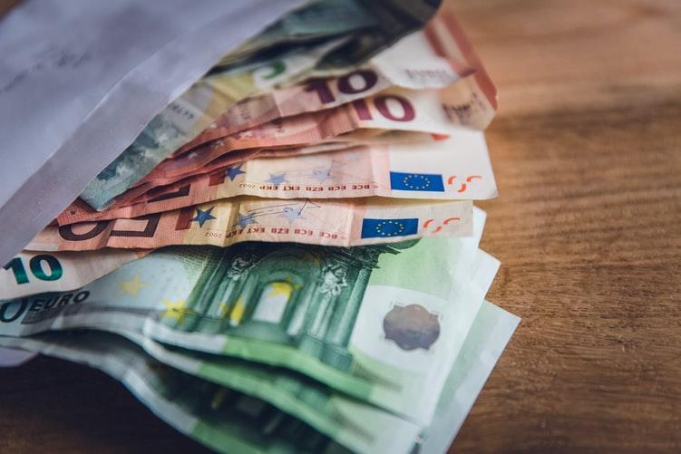 Dėl įtariamo karuselinio sukčiavimo klaipėdiečiai galėjo nesumokėti per 162 tūkst. eurų mokesčių