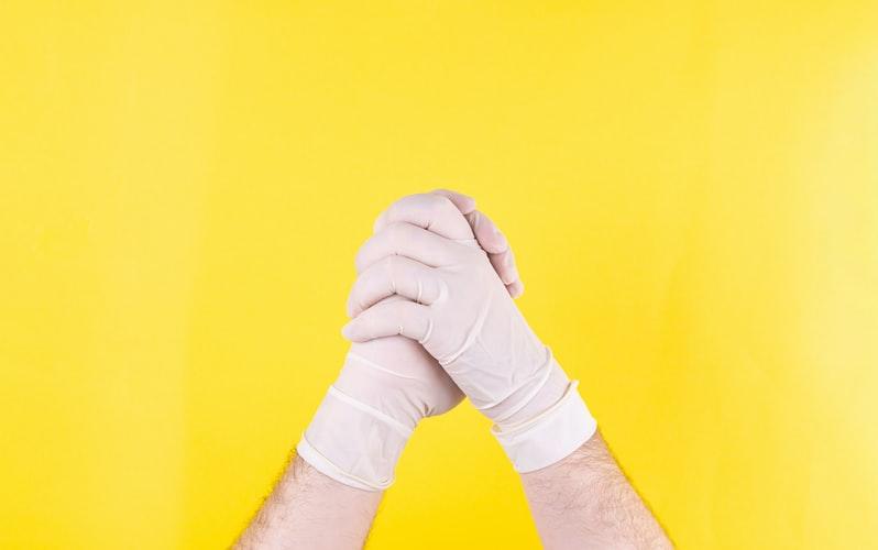Savivaldybėse COVID-19 liga sergantiems rizikos grupės asmenims paslaugas namuose vėl teiks mobilios komandos